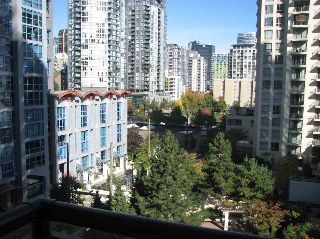 "Main Photo: 802 1295 RICHARDS Street in Vancouver: Downtown VW Condo for sale in ""OSCAR"" (Vancouver West)  : MLS® # R2213987"