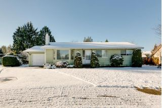 Main Photo: 21946 CLIFF Place in Maple Ridge: West Central House for sale : MLS® # R2229977
