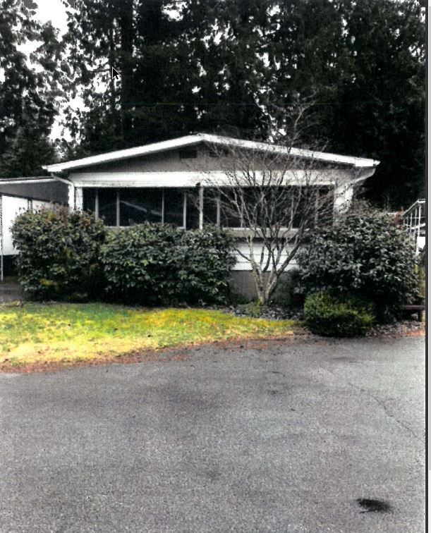 "Main Photo: 24 2306 198 Street in Langley: Brookswood Langley Manufactured Home for sale in ""Cedar Lane"" : MLS® # R2232186"