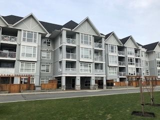 "Main Photo: 312 3142 ST JOHNS Street in Port Moody: Port Moody Centre Condo for sale in ""SONRISA"" : MLS® # R2245500"