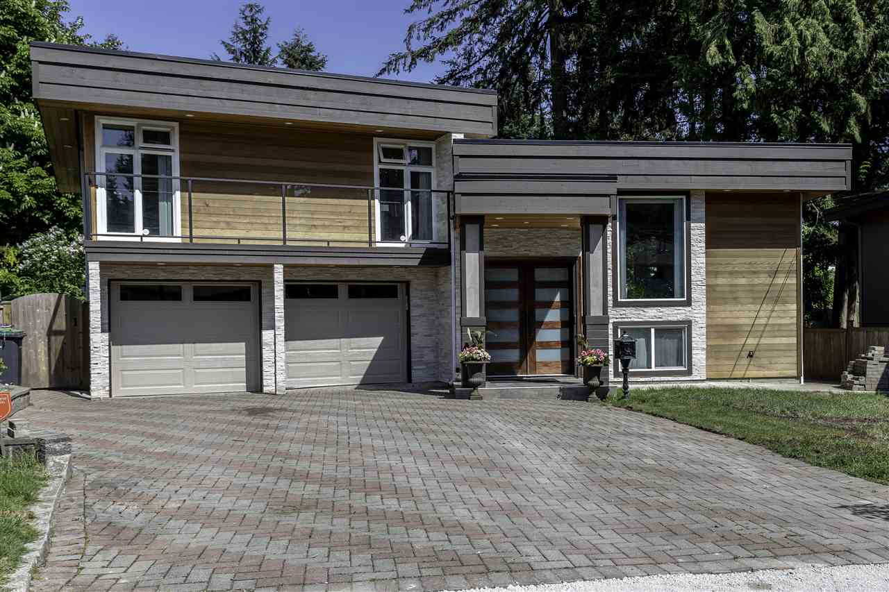 Main Photo: 603 RIALTO Court in Coquitlam: Central Coquitlam House for sale : MLS®# R2267631