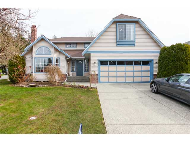 "Main Photo: 6156 PARKSIDE Court in Surrey: Panorama Ridge House for sale in ""BOUNDARY PARK"" : MLS(r) # F1434271"
