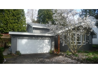 Main Photo: 12655 26A Avenue in Surrey: Crescent Bch Ocean Pk. House for sale (South Surrey White Rock)  : MLS® # F1435765