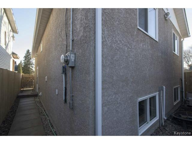Photo 19: 169 Gordon Avenue in WINNIPEG: East Kildonan Residential for sale (North East Winnipeg)  : MLS® # 1507266