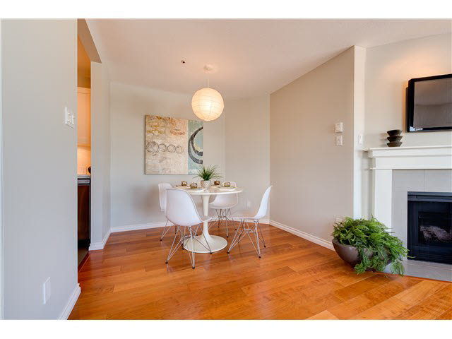 "Photo 7: PH22 2175 W 3RD Avenue in Vancouver: Kitsilano Condo for sale in ""SEA BREEZE"" (Vancouver West)  : MLS® # V1140855"