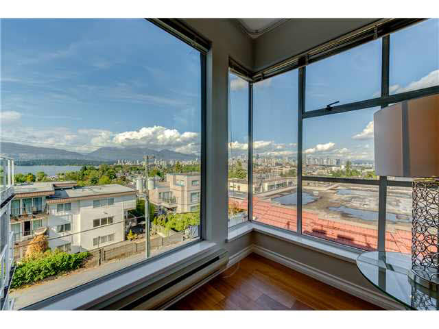 "Photo 5: PH22 2175 W 3RD Avenue in Vancouver: Kitsilano Condo for sale in ""SEA BREEZE"" (Vancouver West)  : MLS® # V1140855"