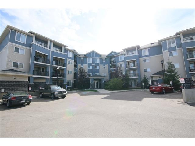 Main Photo: 206 120 COUNTRY VILLAGE Circle NE in Calgary: Country Hills Village Condo for sale : MLS® # C4043750
