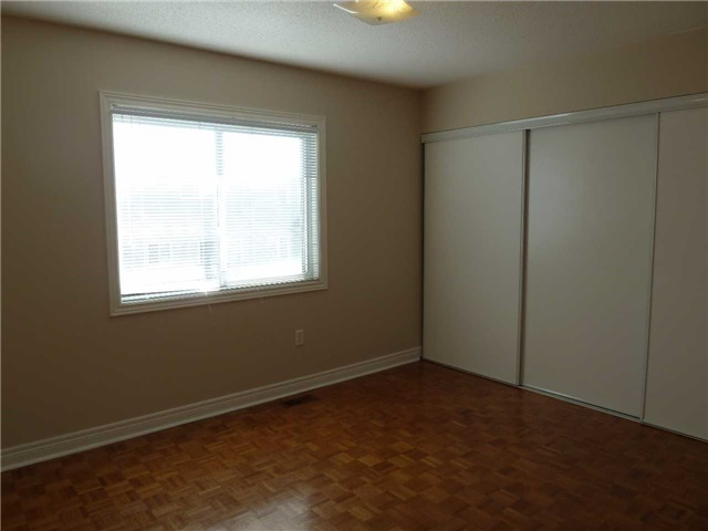 Photo 11: 76 4950 Albina Way in Mississauga: Hurontario Condo for lease : MLS(r) # W3443490