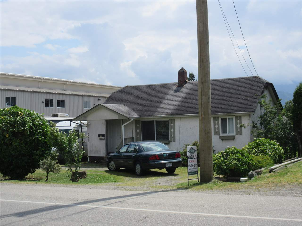 Main Photo: 46436 FIRST Avenue in Chilliwack: Chilliwack E Young-Yale House for sale : MLS®# R2072683