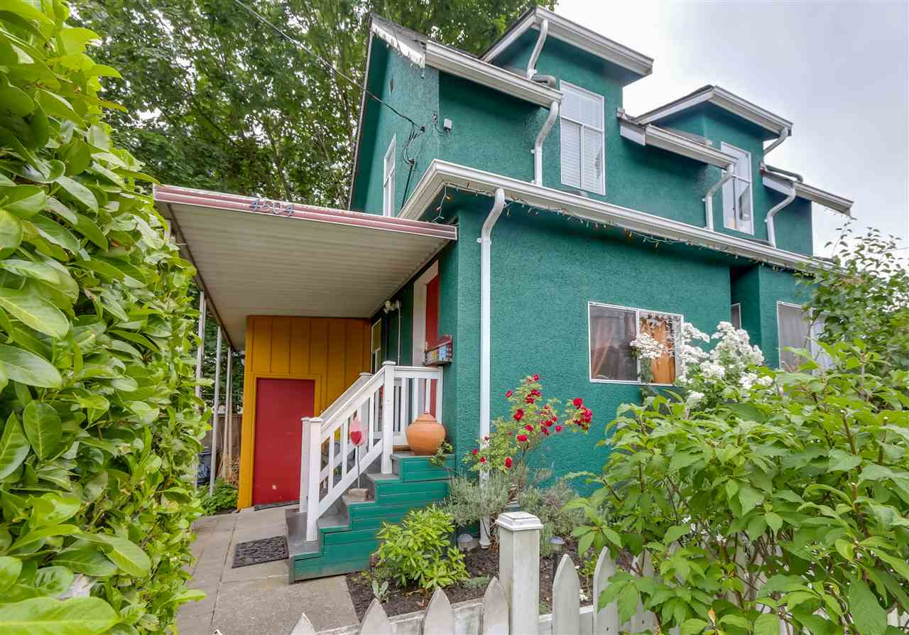 Main Photo: 4504 EARLES Street in Vancouver: Collingwood VE House for sale (Vancouver East)  : MLS® # R2074634