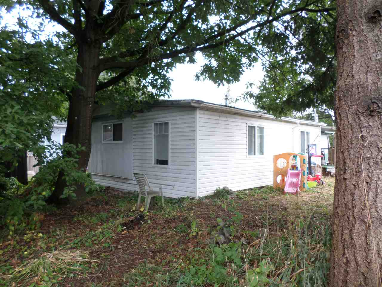 Photo 8: 31585 LOMBARD Avenue in Abbotsford: Poplar Manufactured Home for sale : MLS(r) # R2104587