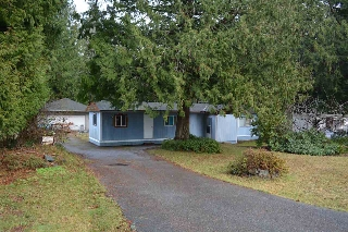 Main Photo: 5608 WAKEFIELD Road in Sechelt: Sechelt District Manufactured Home for sale (Sunshine Coast)  : MLS® # R2129740