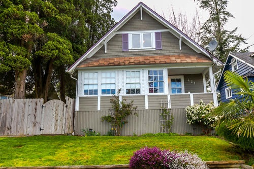 Main Photo: 421 WILSON Street in New Westminster: Sapperton House for sale : MLS(r) # R2157019