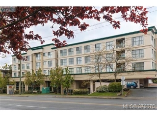 Main Photo: 403 3460 Quadra Street in VICTORIA: SE Quadra Condo Apartment for sale (Saanich East)  : MLS(r) # 376675