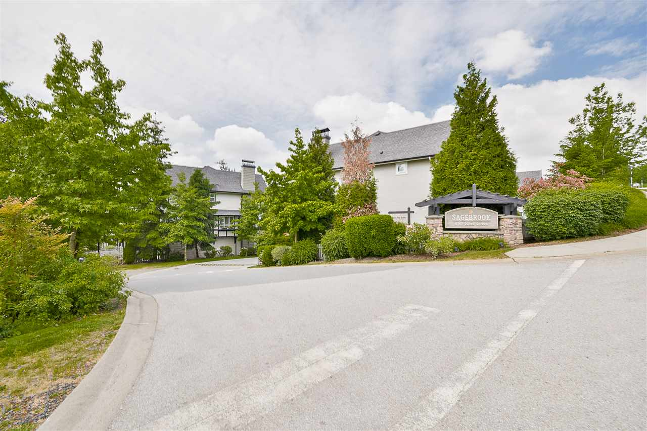Photo 2: 97 6747 203 Street in Langley: Willoughby Heights Townhouse for sale : MLS® # R2172293