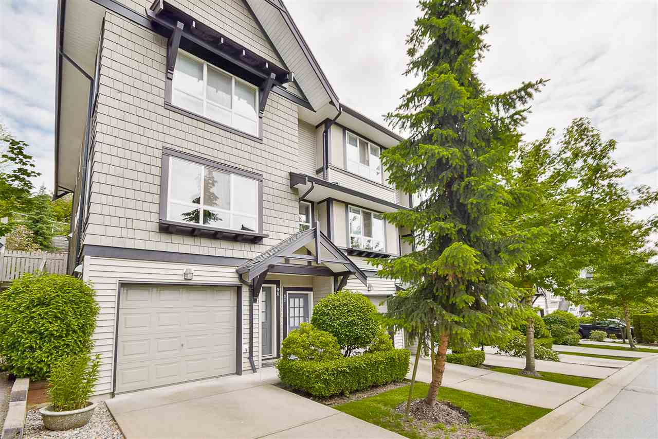 Photo 3: 97 6747 203 Street in Langley: Willoughby Heights Townhouse for sale : MLS® # R2172293