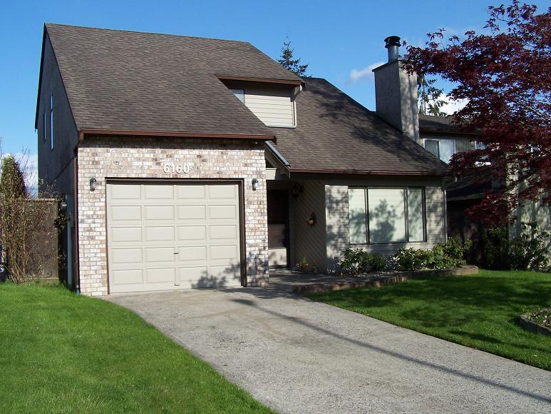 Main Photo: 6160 194TH Street in Cloverdale: Home for sale : MLS® # F2812278