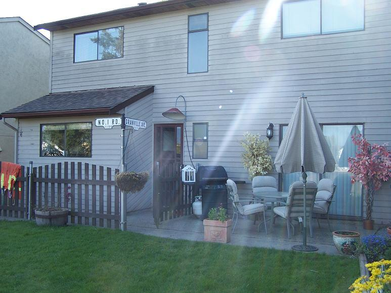 Photo 9: 6160 194TH Street in Cloverdale: Home for sale : MLS® # F2812278