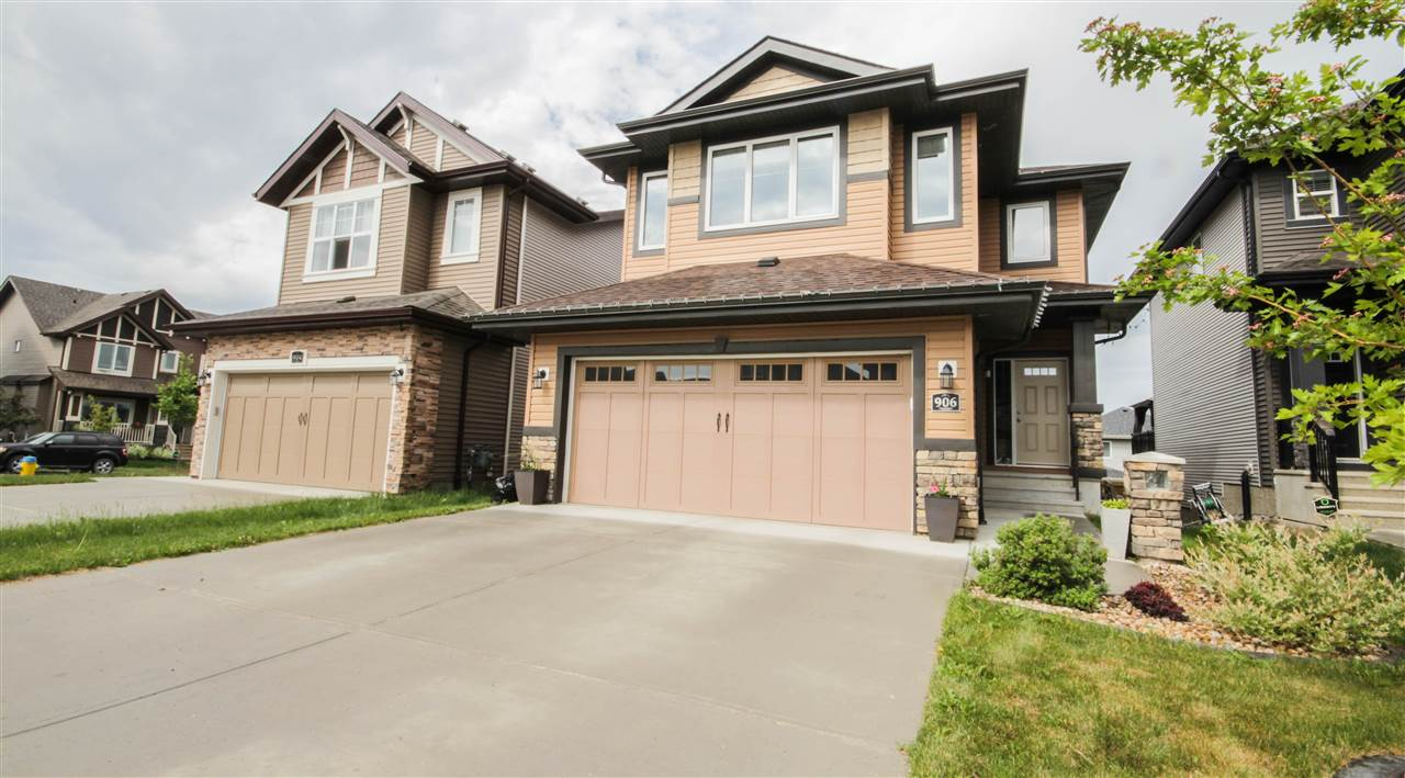 Main Photo: 906 GOSHAWK Point in Edmonton: Zone 59 House for sale : MLS(r) # E4070341