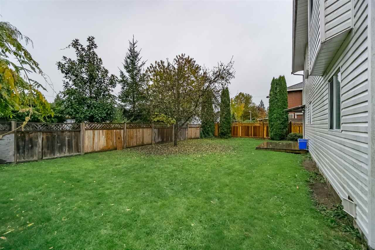 Photo 20: Photos: 10816 155A Street in Surrey: Fraser Heights House for sale (North Surrey)  : MLS® # R2218367