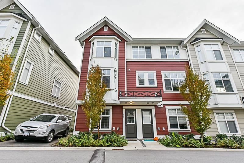 "Photo 2: Photos: 79 20852 77A Street in Langley: Willoughby Heights Townhouse for sale in ""Arcadia"" : MLS® # R2220798"