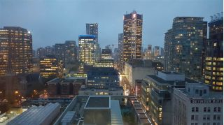 "Main Photo: 2301 438 SEYMOUR Street in Vancouver: Downtown VW Condo for sale in ""CONFERENCE PLAZA"" (Vancouver West)  : MLS® # R2221211"