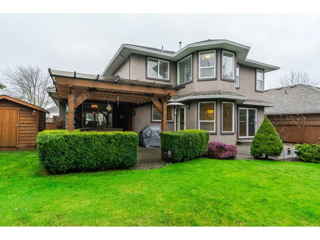 "Photo 19: Photos: 20784 91 Avenue in Langley: Walnut Grove House for sale in ""GREENWOOD ESTATES"" : MLS® # R2236473"