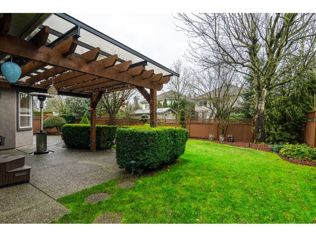 "Photo 18: Photos: 20784 91 Avenue in Langley: Walnut Grove House for sale in ""GREENWOOD ESTATES"" : MLS® # R2236473"