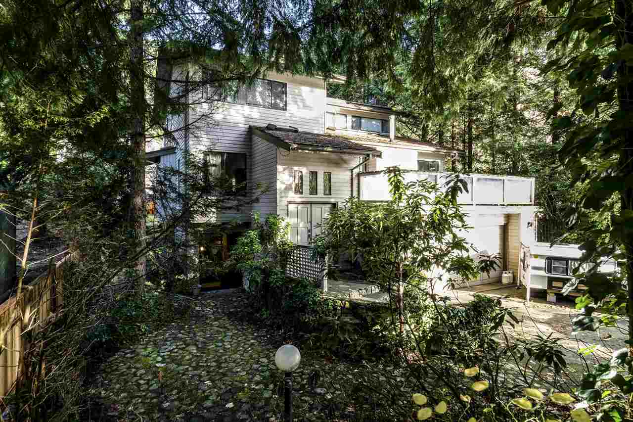 "Main Photo: 5597 NANCY GREENE Way in North Vancouver: Grouse Woods House for sale in ""GROUSEWOODS"" : MLS® # R2242839"