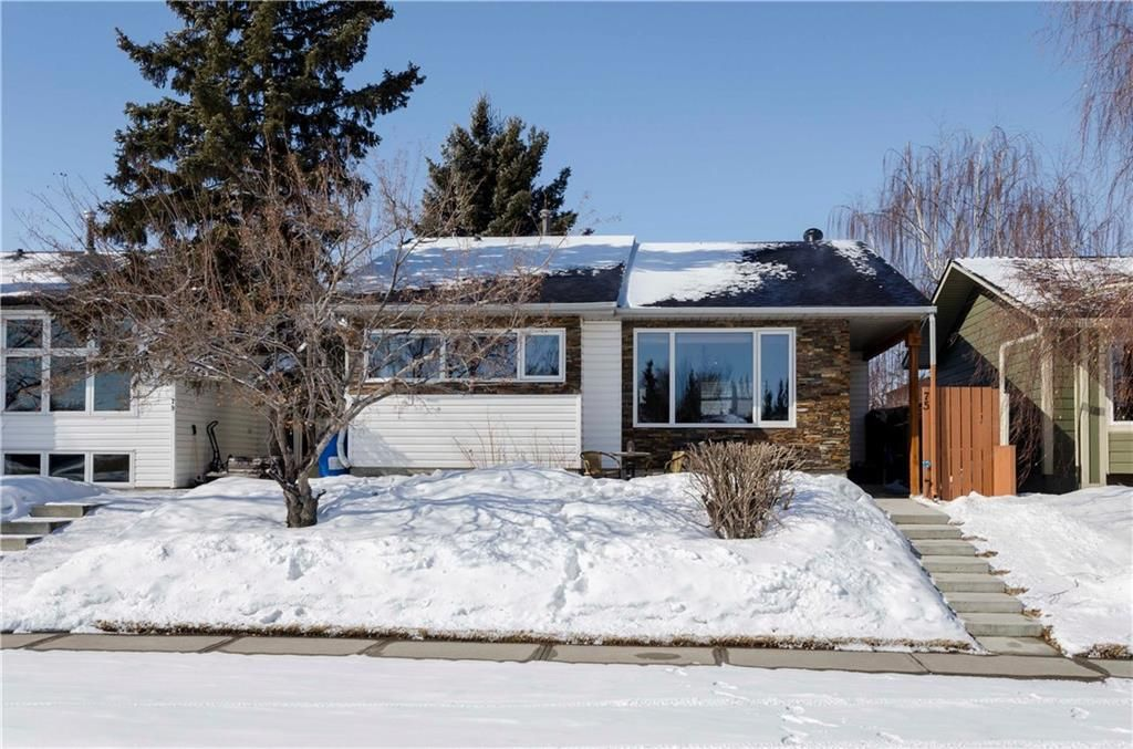 Main Photo: 75 SUMMERWOOD Road SE: Airdrie House for sale : MLS®# C4174518