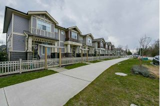 Main Photo: 20426 84 Avenue in Langley: Willoughby Heights Condo for sale : MLS®# R2248704