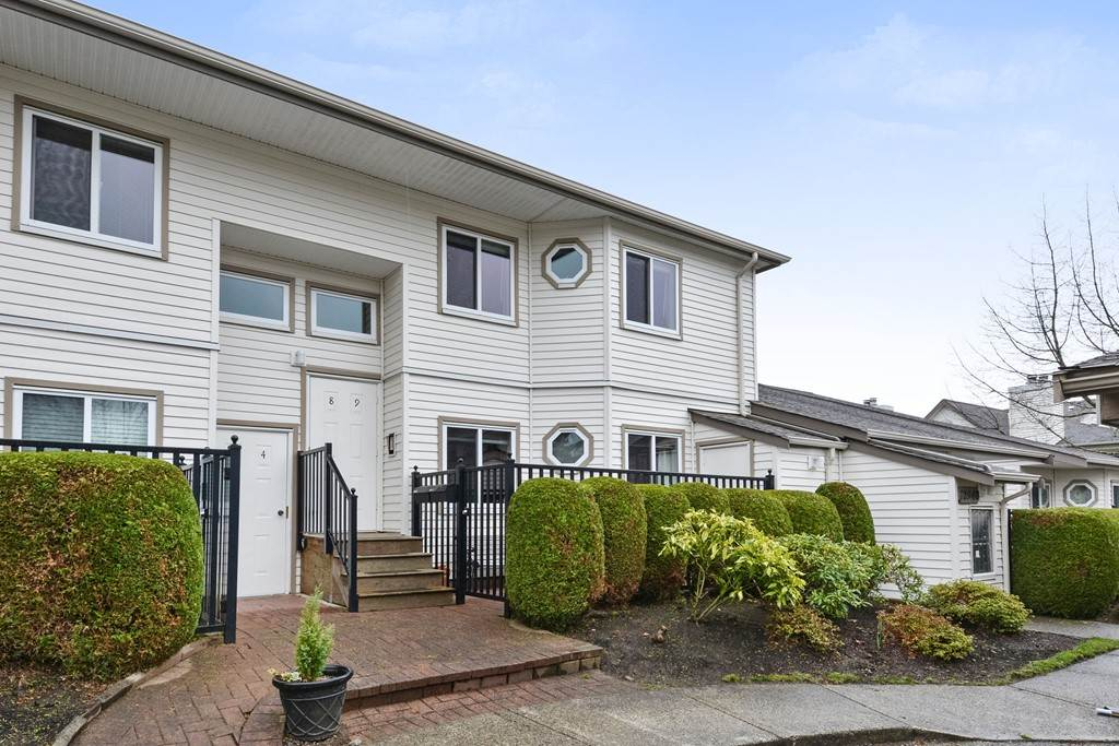 Main Photo: 9 12940 17 AVENUE in Surrey: Crescent Bch Ocean Pk. Condo for sale (South Surrey White Rock)  : MLS®# R2251970