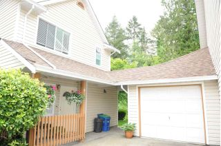 "Main Photo: 9 20699 120B Avenue in Maple Ridge: Northwest Maple Ridge Townhouse for sale in ""Gateway"" : MLS®# R2269710"
