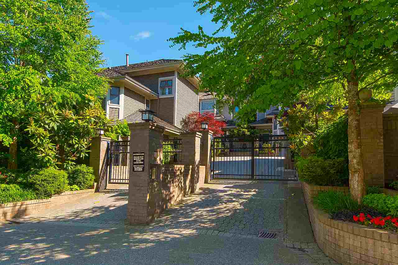 Main Photo: 4210 NAUTILUS Close in Vancouver: Point Grey House for sale (Vancouver West)  : MLS®# R2278978