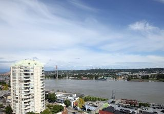 "Main Photo: 1305 420 CARNARVON Street in New Westminster: Downtown NW Condo for sale in ""Victoria Garden"" : MLS®# R2290669"