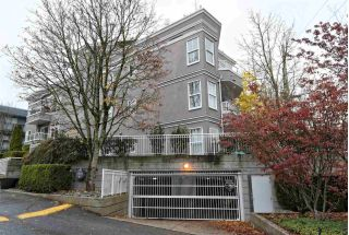 "Main Photo: 304 245 ST. DAVIDS Avenue in North Vancouver: Lower Lonsdale Condo for sale in ""BELLE ARBOUR"" : MLS®# R2322061"