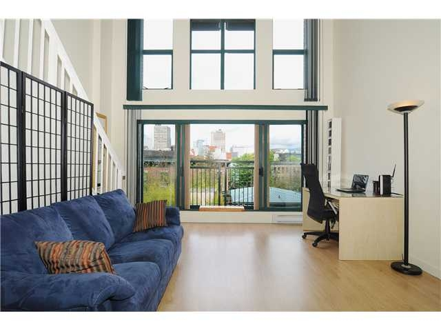 "Main Photo: 403 - 22 E Cordova Street in Vancouver: Downtown VE Condo for sale in ""Van Horne"" (Vancouver East)"