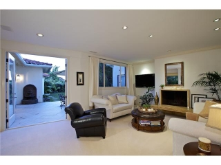 Main Photo: MISSION HILLS House for sale : 4 bedrooms : 4021 Bandini in San Diego