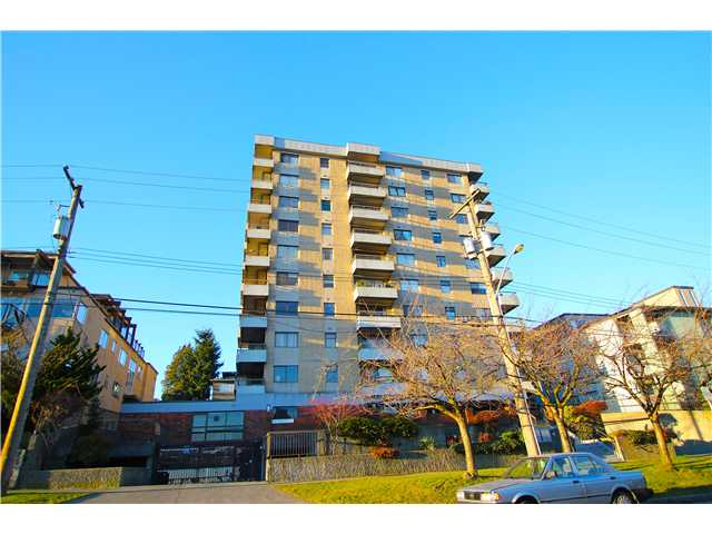 "Main Photo: 704 209 CARNARVON Street in New Westminster: Downtown NW Condo for sale in ""ARGYLE HOUSE"" : MLS®# V1037104"
