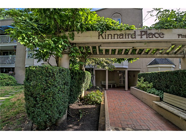 "Main Photo: 419 65 FIRST Street in New Westminster: Downtown NW Condo for sale in ""KINNAIRD PLACE"" : MLS(r) # V1090681"
