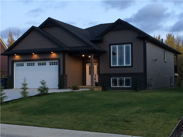 "Main Photo: 10919 110TH Avenue in Fort St. John: Fort St. John - City NW House for sale in ""WESTRIDGE ESTATES"" (Fort St. John (Zone 60))  : MLS® # N240595"