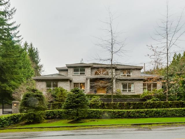 Main Photo: 385 SOUTHBOROUGH Drive in West Vancouver: British Properties House for sale : MLS® # V1110775