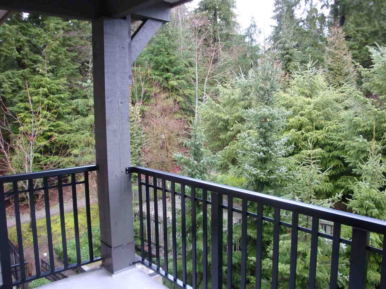 Photo 3: 402 2969 WHISPER Way in Coquitlam: Westwood Plateau Condo for sale : MLS® # R2037261
