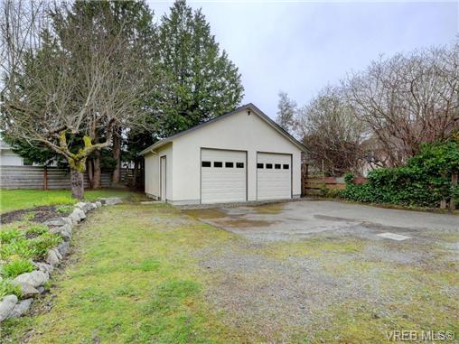Photo 20: 2361/2367 Central Avenue in VICTORIA: OB South Oak Bay Single Family Detached for sale (Oak Bay)  : MLS(r) # 361585