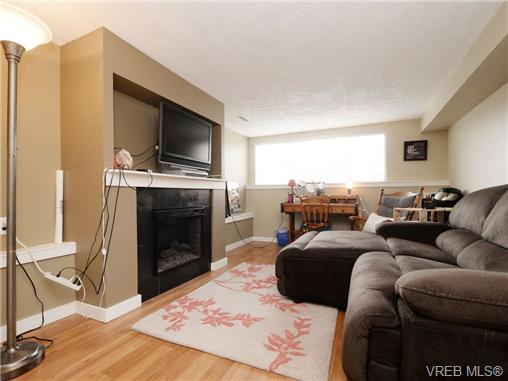 Photo 15: 2361/2367 Central Avenue in VICTORIA: OB South Oak Bay Single Family Detached for sale (Oak Bay)  : MLS(r) # 361585