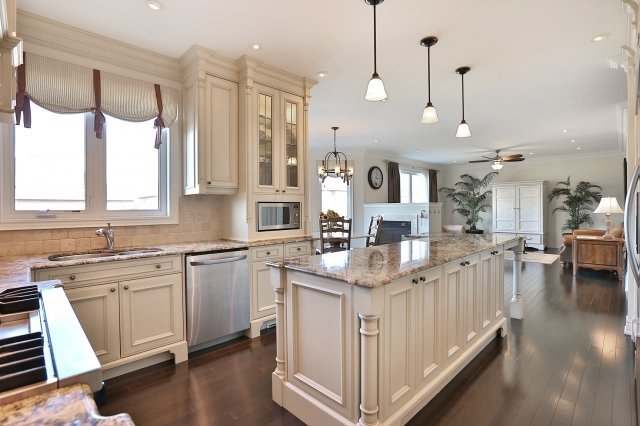Photo 17: 2407 Taylorwood Drive in Oakville: Iroquois Ridge North House (2-Storey) for sale : MLS® # W3604780