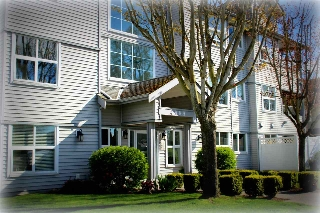 "Main Photo: 207 4989 47 Avenue in Delta: Ladner Elementary Condo for sale in ""Park Regent"" (Ladner)  : MLS® # R2158550"