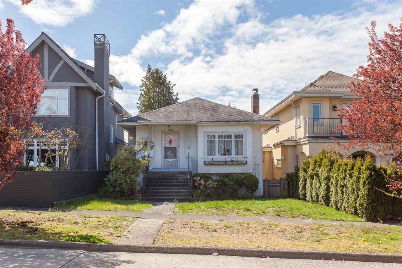 Photo 3: 1926 W 42ND Avenue in Vancouver: Kerrisdale House for sale (Vancouver West)  : MLS® # R2161088