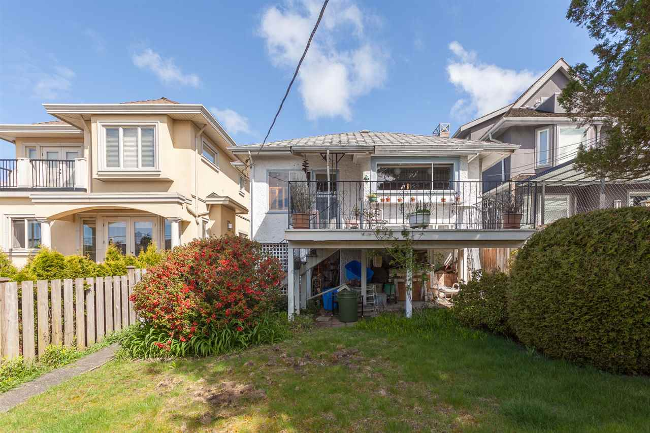 Photo 12: 1926 W 42ND Avenue in Vancouver: Kerrisdale House for sale (Vancouver West)  : MLS® # R2161088