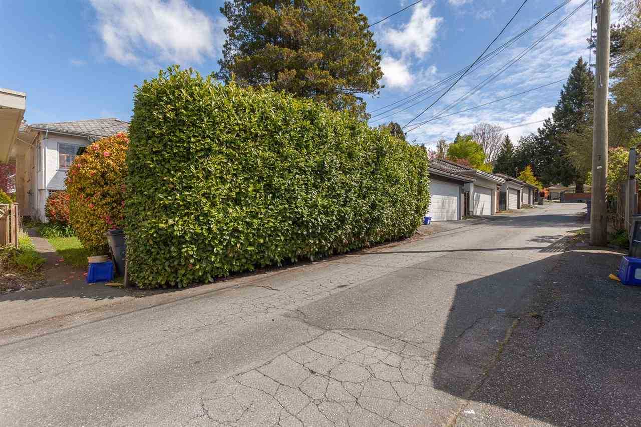 Photo 14: 1926 W 42ND Avenue in Vancouver: Kerrisdale House for sale (Vancouver West)  : MLS® # R2161088